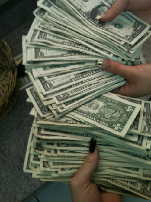 drippingadorableness:  tinaleee:  stripper moneey $$$$  welp.. This might be the move if college dont work out