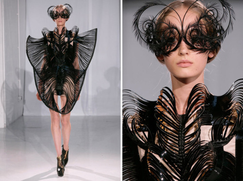 artlog:  Iris van Herpen, Capriole, Fall/Winter 2011. Courtesy of the designer.