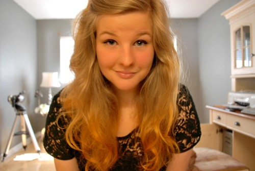 I dip dyed my hair with hair henna. Hi.