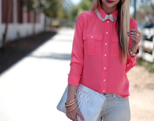 what-do-i-wear:  button up- J.Crew, jeans-c/o 7fam, clutch-c/o Brahmin, collar-Zara, bracelets-Free People, Ruche, vintage, H&M (image: lateafternoon)