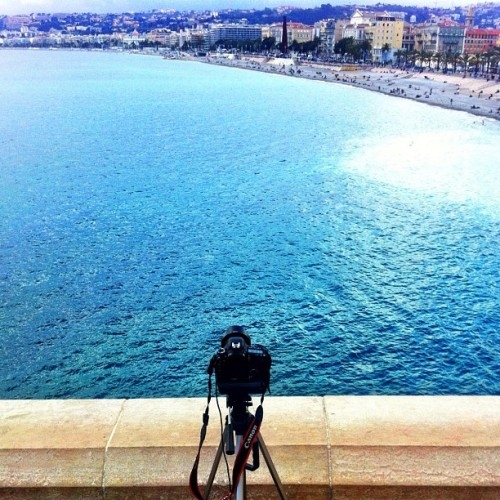 … aaaand one more #nice #nicé #nizza #cotedazur #sea #canon #7D #dslr #filming #recording #timelapse #beach #iphone4 #iphoneonly #view #panorama #nofilter  (Taken with Instagram at Panorama de La Baie Des Anges)