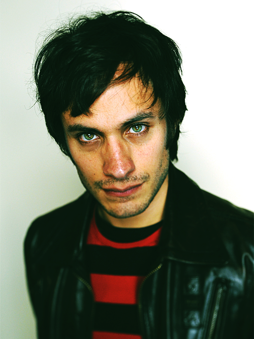 nobodyknowsbutmeandyou:   Gael García Bernal