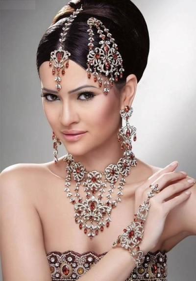 Indian Bridal Bling from Blossom Box Jewelry. Beautiful design.