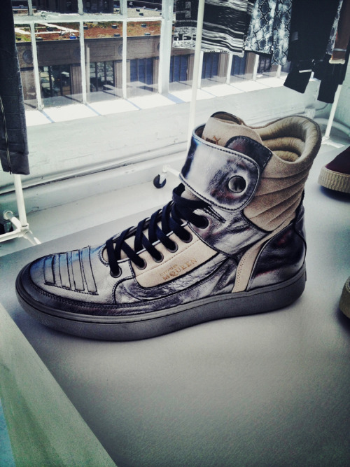 bryanteslava:  Today I was at a PUMA event and I came across this shoe. From what I was told, these will be in stock in a few months. Alexander McQueen x Puma