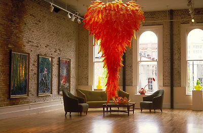:: i think it was my mom, cherry, who first introduced me to chihuly.  i've been smitten every since ::