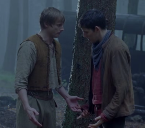 ohheyitsripley:  let's play the caption game!  Arthur: Im excited Merlin: I can see that