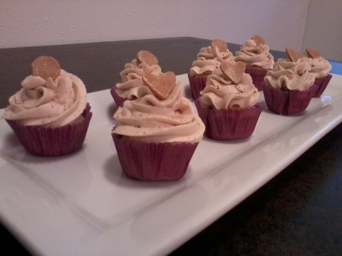 Cinnamon and browned butter cupcakes with maple brown sugar buttercream and butterscotch heart\circle toppers. Yum Yum