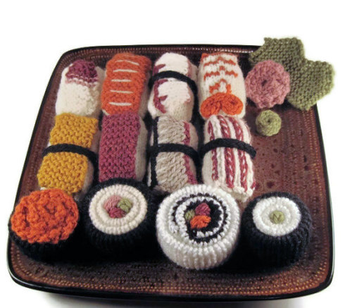 How cool is this sushi set!? I know what I'll be having for dinner! Found on Etsy. -Cory U