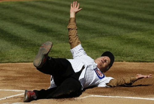 Bill Murray slides into home before delivering the first pitch at Wrigley Field | Yahoo! Fact: Nobody has more fun at life than Bill Murray.