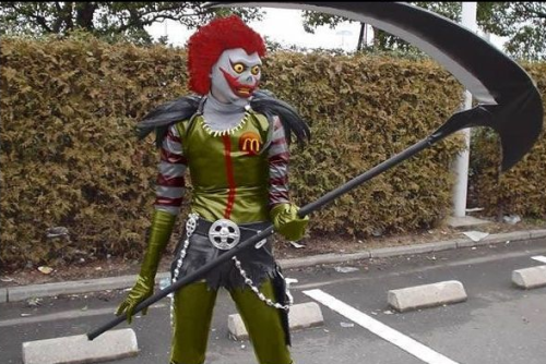 nietorok:  If you weren't afraid of Ronald McDonald before… [fixed] - Imgur