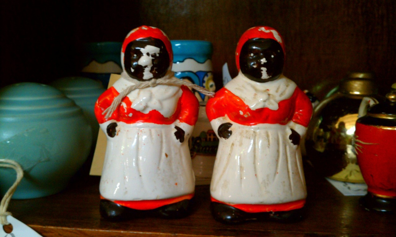 totally not racist salt shakers i found at a totally not racist deep south store.