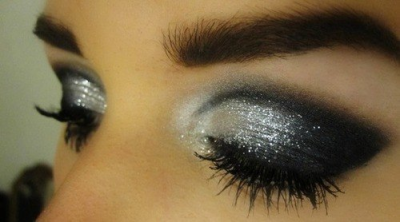 freakyimiz311:  Make Up