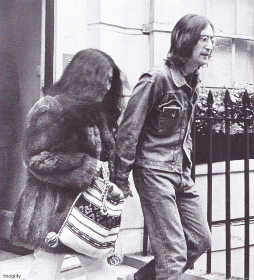 John and Yoko leaving Montague Square, 1968