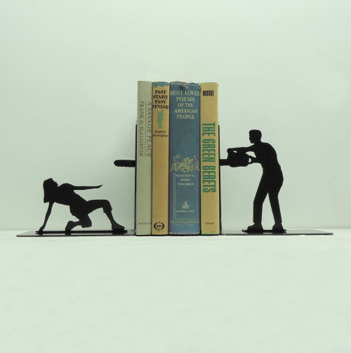 sasapong:  Chainsaw Attack Bookends Free USA Shipping by KnobCreekMetalArts