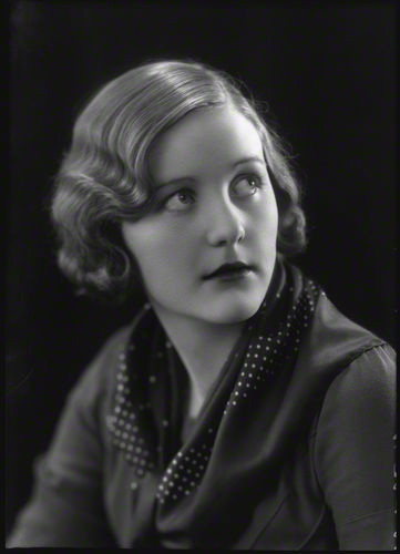 iwhohavenoface:  Unity Valkyrie Mitford, aged 18. I love how darling she looks here. Butter wouldn't melt!