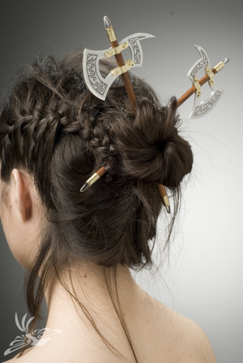 gaminginyourunderwear:  Things That I Want: Battle Axe Hair Sticks