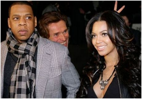 William Dafoe. Best Celebrity Photobomber?