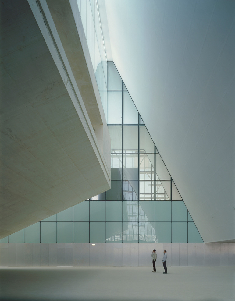 remash:  auditorium and convention centre | aragon expo ~ nieto sobejano arquitectos