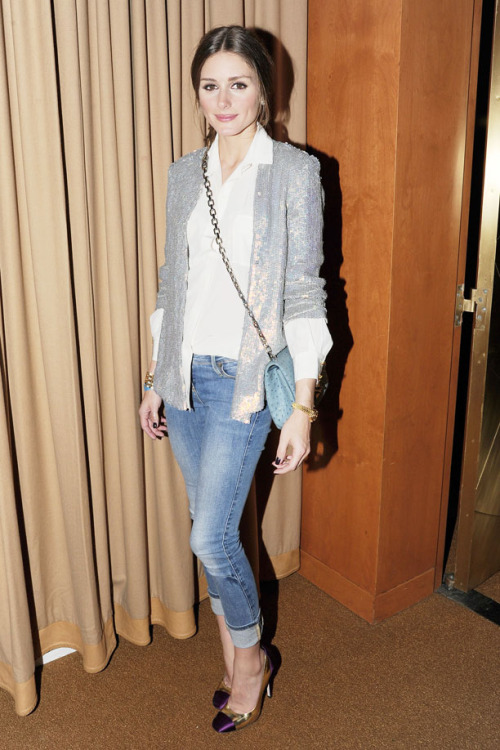 theglitterguide:  Olivia in a sequin blazer.  (via Look Of The Day | Who What Wear.com's Official Blog)