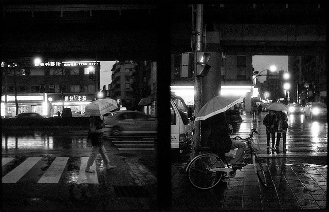 Another rainy day on Flickr.PolypanF 50@200, Canon Demi S (half frame)
