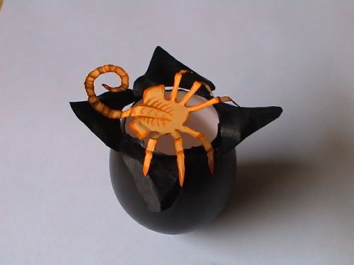 Funky Easter eggs: alien facehugger