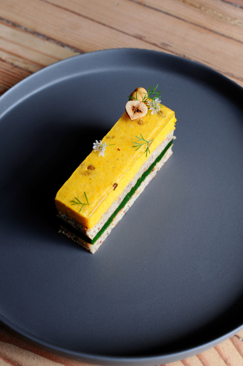 oxheart | layered cake of heirloom carrots, hazelnuts and coriander.   photography © 2012 debora smail | realityphotography.net