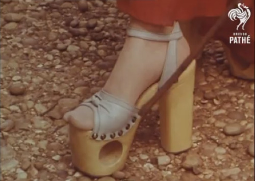 laughingsquid:  British Mini-Documentary About the Platform Shoes Craze (1977)