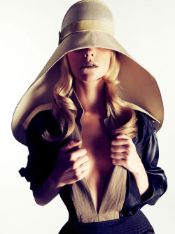 One spring essential we can't live without… a chic chapeau!(Image via FGR)