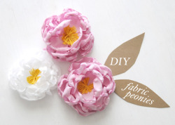 Another D.I.Y project! Such beautiful flowers, and such an easy and cost efficient way to do them. Another great party favour for the ladies at the wedding or just as a great decoration for your bridesmaids. or as a decorative napkin piece.