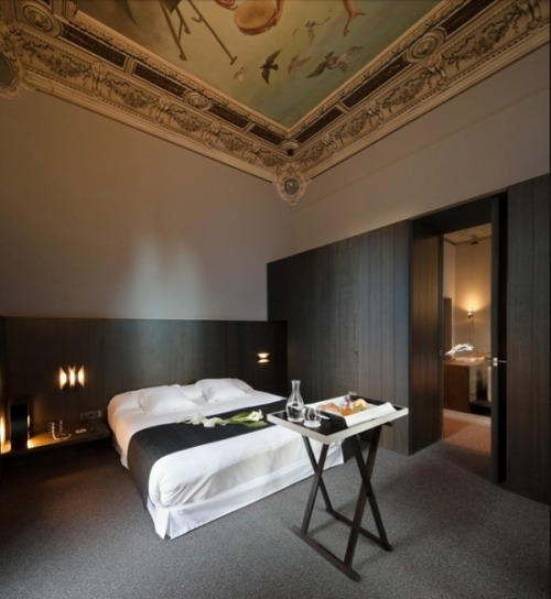 homedesigning:  Love this room - Caro Hotel in Spain
