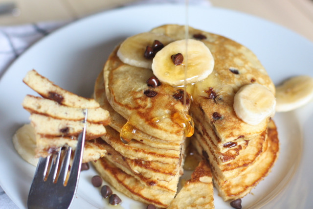 phoods:  (via » I'll Make You Banana Pancakes, Pretend Like It's The Weekend Now… Against All Grain)