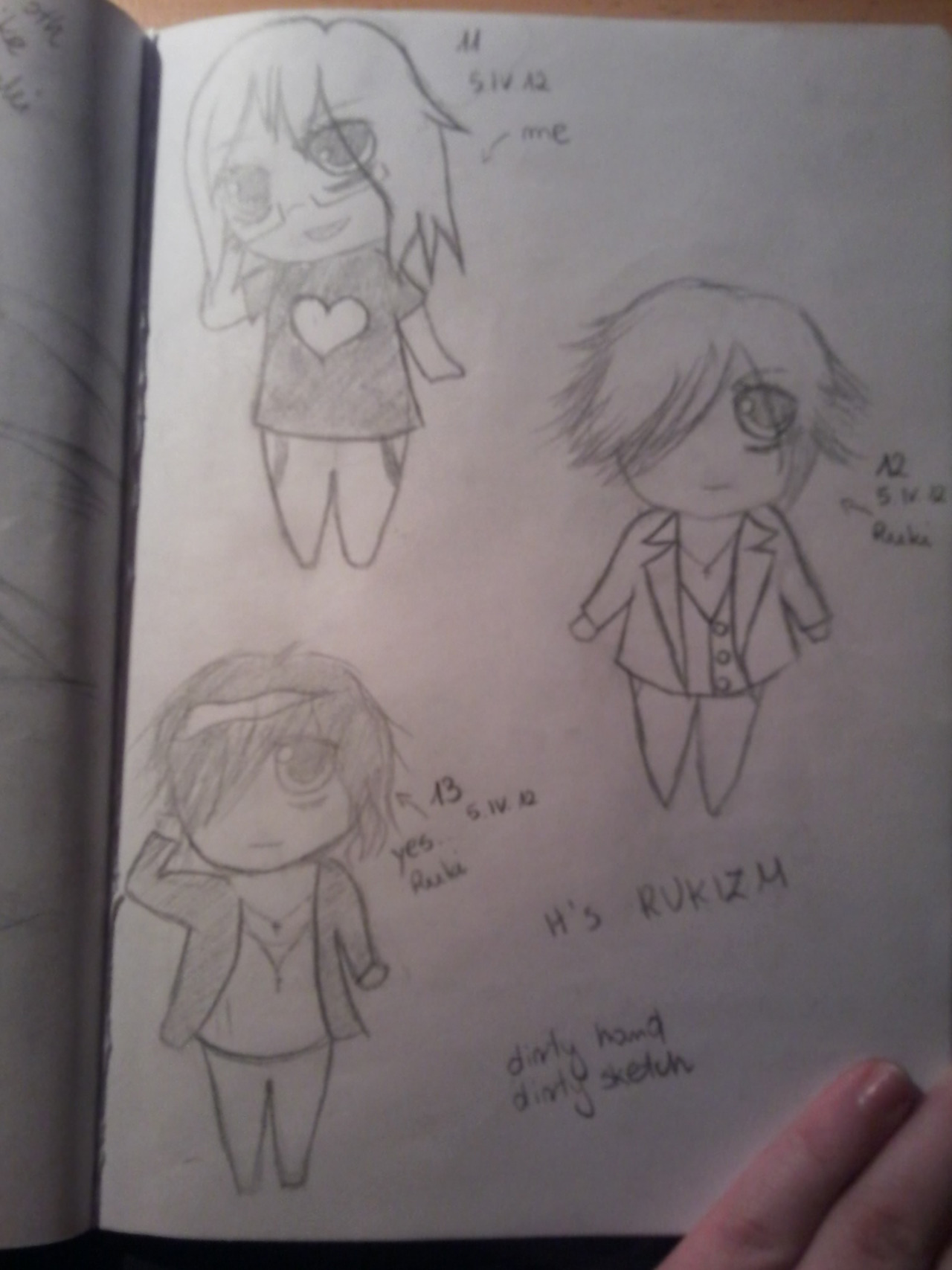 akanoification:  yeah. me, Ruki and Ruki. great. <3 chibi of me was the first chibi in all my life. believe me. >_<