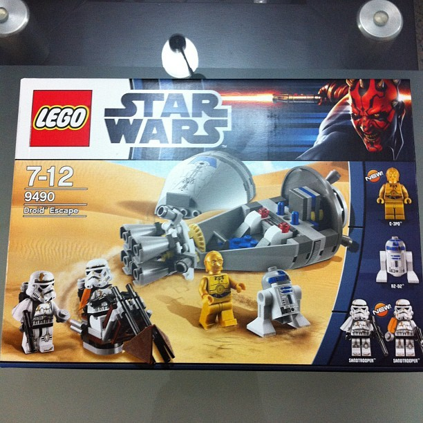Let's have some fun!! #LEGO #StarWars 7-12 9490 Droid Escape (Taken with instagram)