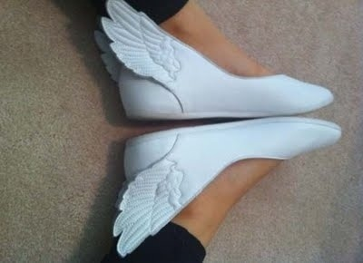 steppauseturnpausepivotstepstep:  dynastylnoire:  exitpursuedbyasloth:  radicalmuscle:  locsgirl:  windycarnage:  WHERE BUY  These shoes would be really cute for a Hermes/Mercury cosplay.  Do they come in dudes?  Oi, link to shoes: [x]They are Jeremy Scott, made by adidas, and they come in many colors, and a couple different styles (lace-up sneaker style too). (fixed link, sorry!) Found another shop that has them: [x]  want!  if these had any sort of support i would buy them
