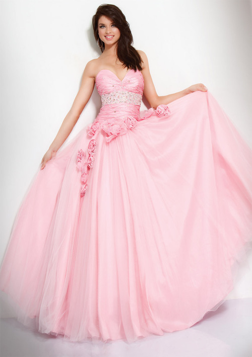 Probably the only princess style dress I'll ever approve!