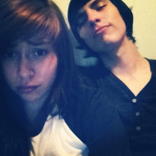 Chillen, mi novia :D (Taken with instagram)