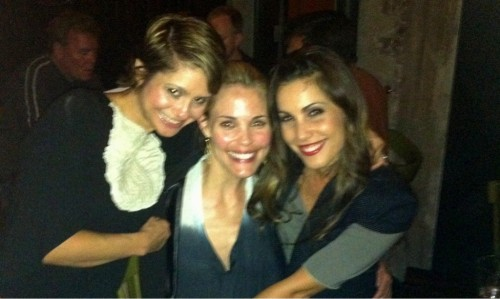 theothersideofanampersand:  Popular girls together again <3