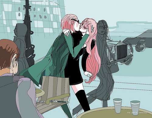 [Image: Art of two femme, pink-haired women kissing on the street.] De retour à Paris. (by no para innita)