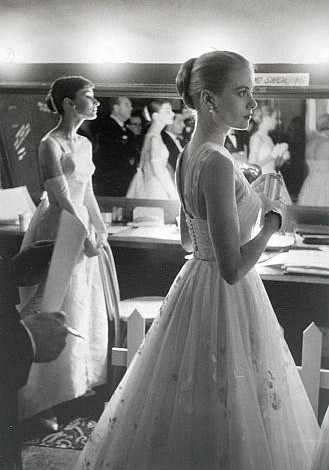 Grace Kelly and Audrey Hepburn backstage at the 1956 Oscars