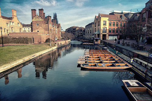 xantheose:  Cambridge Punts (by darkrigel)