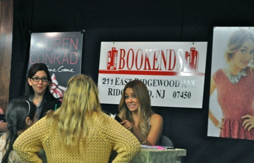 @LaurenConrad at a book signing for THE FAME GAME, #1 New York Times bestseller! tearsfallingdownmyeyes:  Me and my cousin meeting Lauren Conrad, best day of my life !