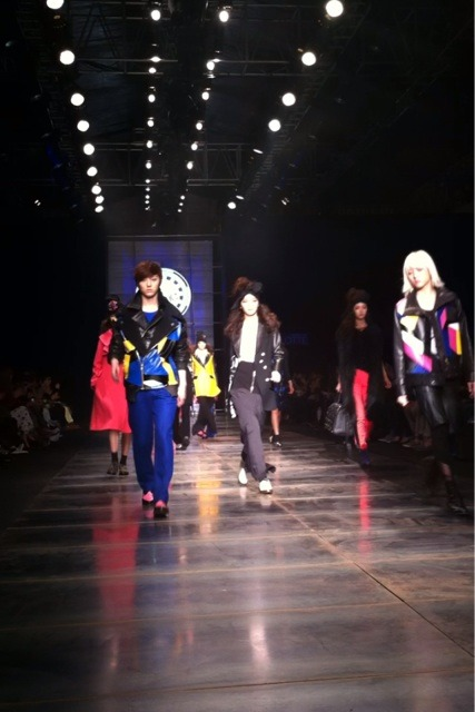 [120407] Ren & Minhyun @ Seoul Fashion Week
