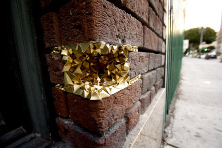 """GEODE"" STREET ART PROJECT by Paige Smith  (via A Common Name)  love the gold. love the shapes. love the ((triangles))."
