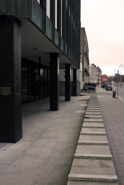 Built Dublin: Anti-skateboarding measures at 50-55 Baggot Street, and skaters' traces on the city.