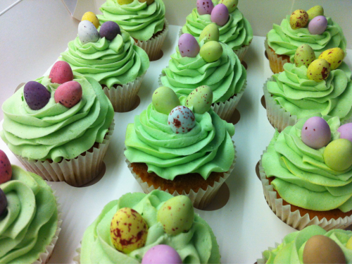 Happy Easter everyone :)  One of these beautiful Easter cupcakes from Abigail's Kitchen, Newport could be yours if you're lucky enough to be staying at The Caledon this weekend! We hope you enjoy lovely people xx