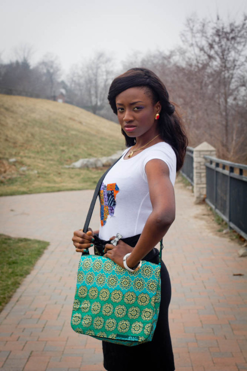 Rory (Green and Denim Messenger Bag) Model: Amaka Photographer : Oselumense www.todundesigns.com