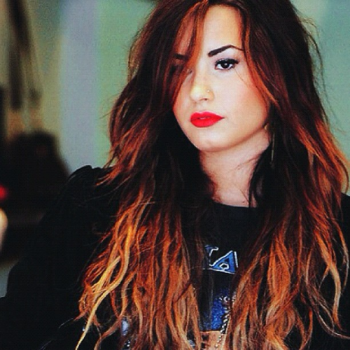 still in love with this picture, tis one of my favourites of Demi.