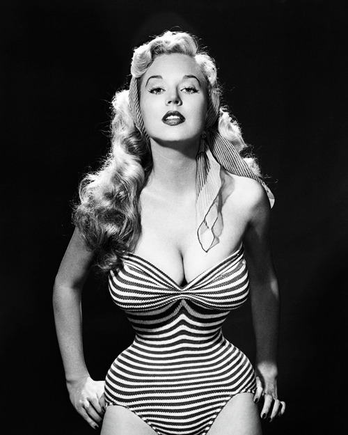 vintagegal:  Betty Brosmer c. 1950's *Yes it's real*
