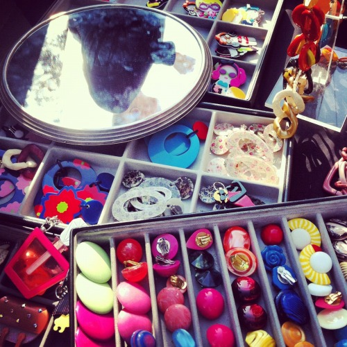 Obssessed by buttons part II, (Vintage market, Navigli area)