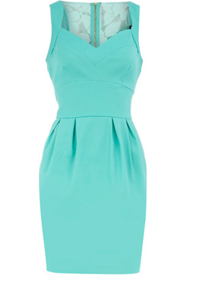 nessa-smile:  Aqua dress!